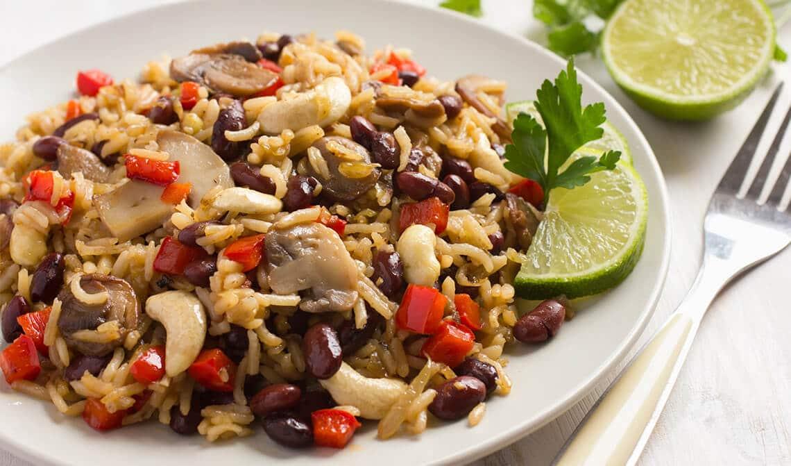 ensalada-de-arroz-con-champiñones