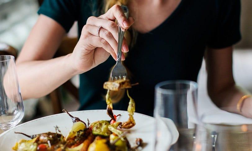 Lentejas, caballa o pollo, entre los alimentos que quitan el apetito