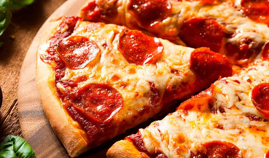 Pizza con chorizo