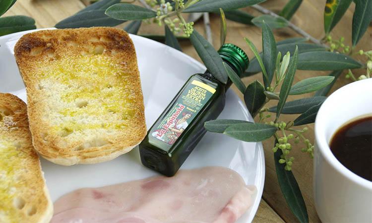 Tomar aceite de oliva de forma segura fuera de casa